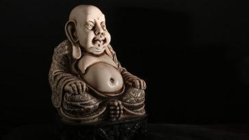 Il buddha, sicuramente una famosa eccezione.