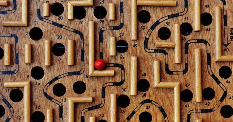 Un gioco di logica, apprezzato anche da chi è appassionato di indovinelli, giochi matematici, quiz