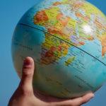 Mappamondo per viaggiare verso le sette meraviglie del mondo