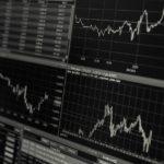 Grafici azionari sull'andamento di titoli e valori