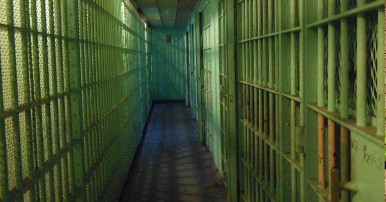 Foto corridoio prigione, carcere